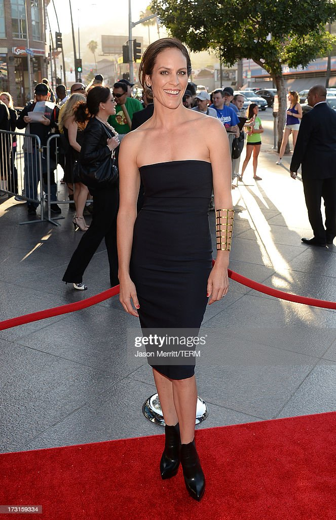 Actress Annabeth Gish arrives at the series premiere of FX's 'The Bridge' at the DGA Theater on July 8, 2013 in Los Angeles, California.