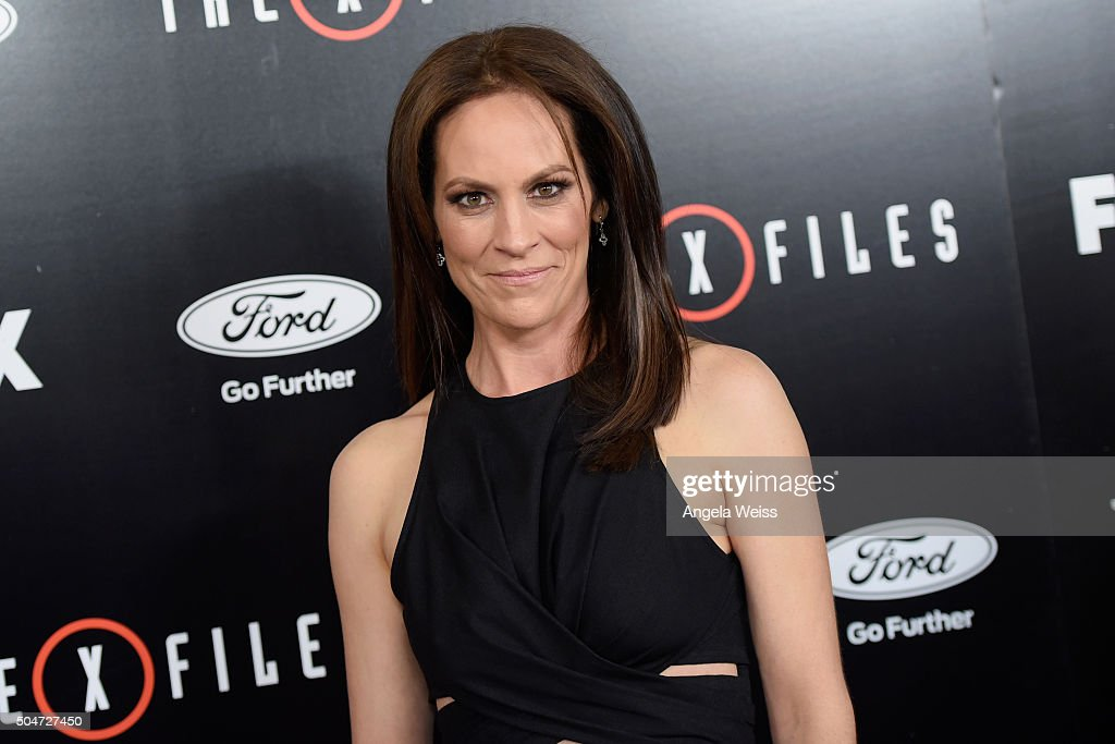 Actress Annabeth Gish attends the premiere of Fox's 'The XFiles' at California Science Center on January 12 2016 in Los Angeles California