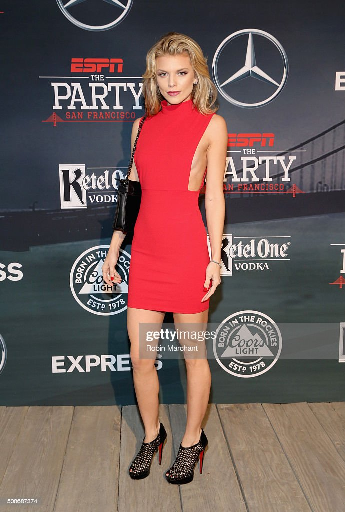 Actress AnnaLynne McCord attends ESPN The Party on February 5, 2016 in San Francisco, California.