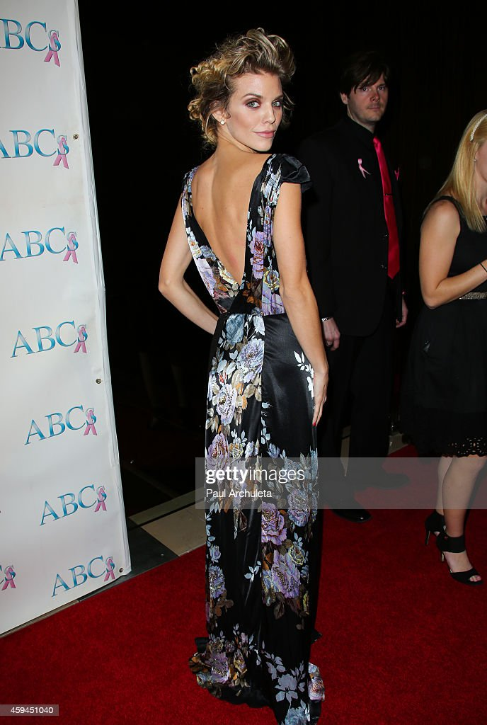 Actress AnnaLynne McCord attends the 25th annual 'Talk Of The Town' black tie gala at The Beverly Hilton Hotel on November 22, 2014 in Beverly Hills, California.