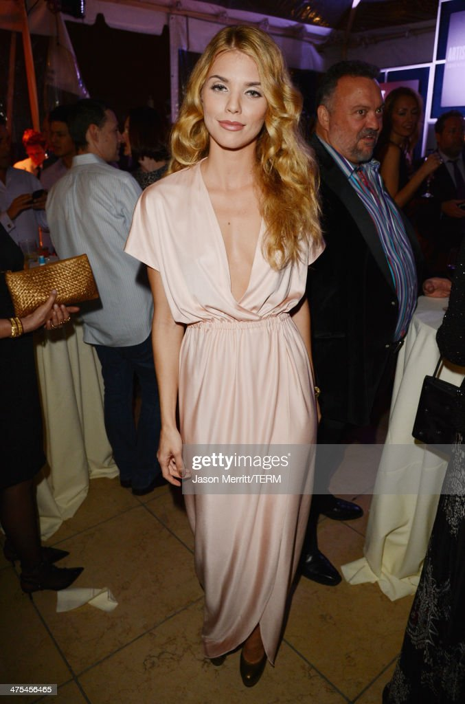 Actress AnnaLynne McCord attends the 7th Annual Hollywood Domino and Bovet 1822 Gala benefiting artists for peace and justice at Sunset Tower on...