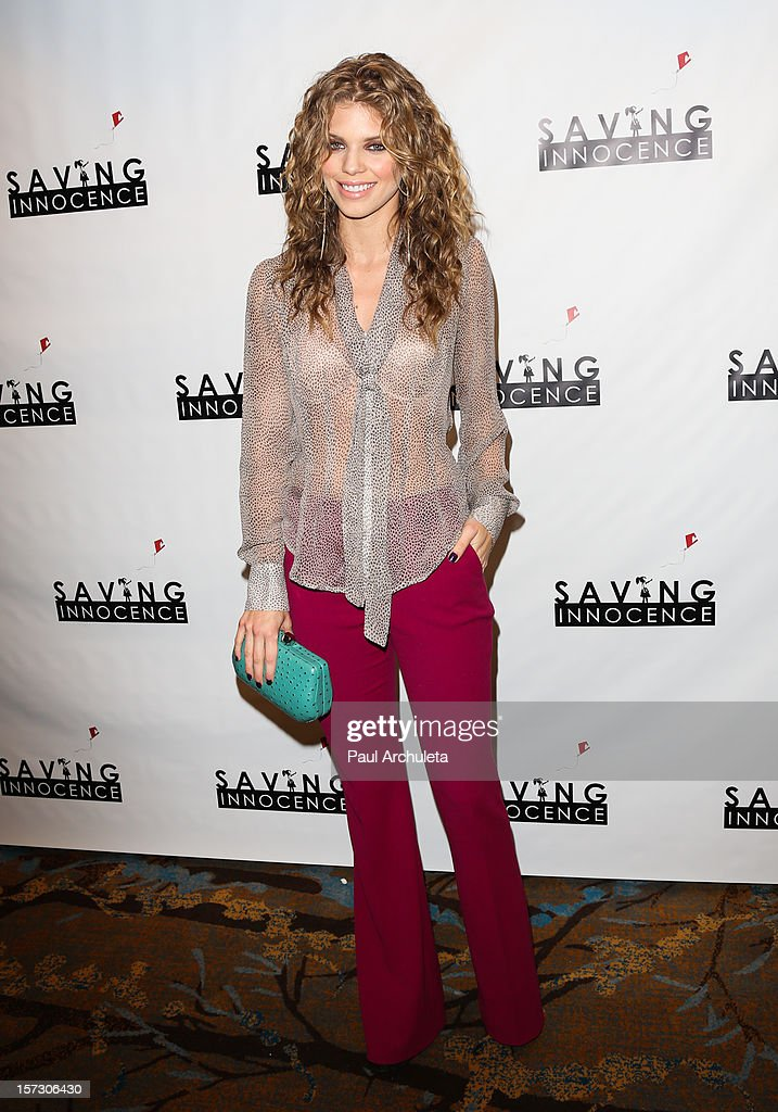 Actress AnnaLynne McCord attends the 'Hope...Pass It On' Gala at the Sofitel Hotel on December 1, 2012 in Los Angeles, California.
