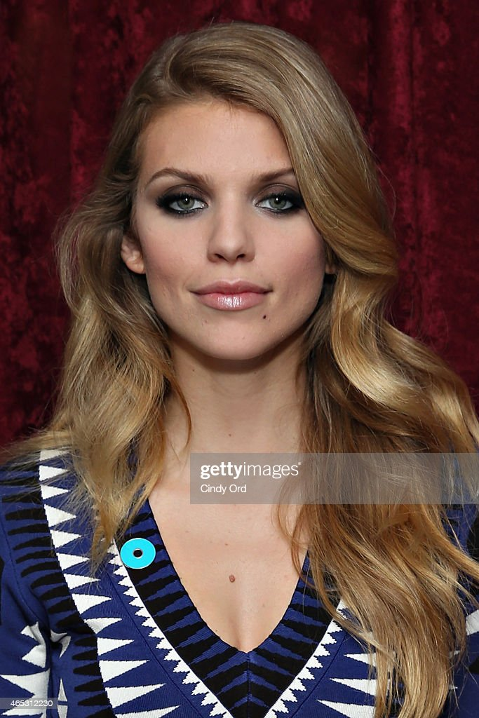 Actress AnnaLynne McCord visits the SiriusXM Studios on March 5 2015 in New York City