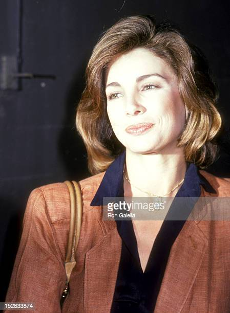 Actress Anne Archer attends Taping 'The Merv Griffin Show' on April 1 1980 at the TAV Celebrity Theatre in Hollywood California