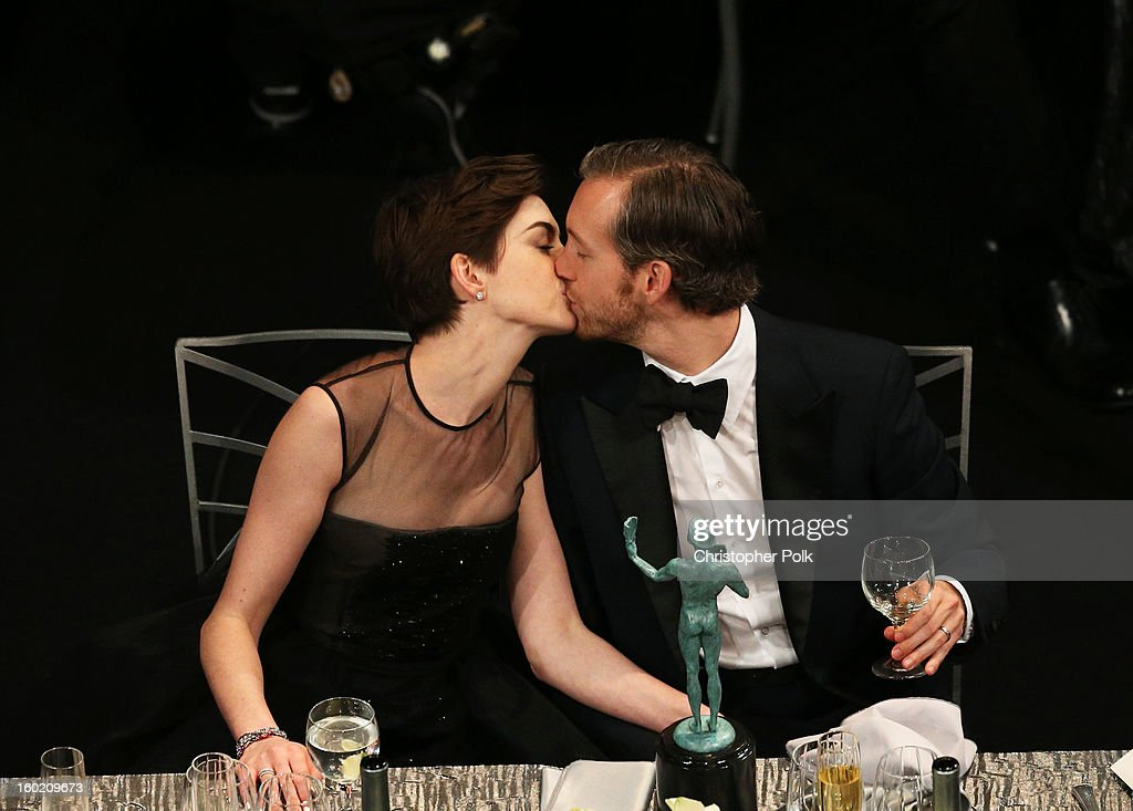 Actress Anne Hathaway (L) and Adam Shulman attend the 19th Annual Screen Actors Guild Awards at The Shrine Auditorium on January 27, 2013 in Los Angeles, California. (Photo by Christopher Polk/WireImage) 23116_012_1312.jpg