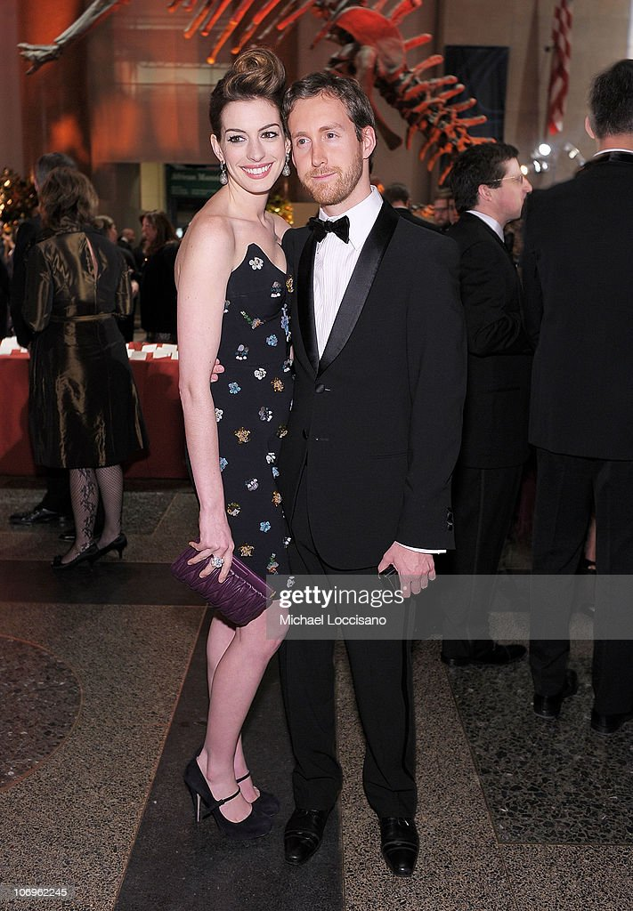 Actress Anne Hathaway and Adam Shulman attend the American Museum of Natural History's 2010 Museum Gala at the American Museum of Natural History on November 18, 2010 in New York City.