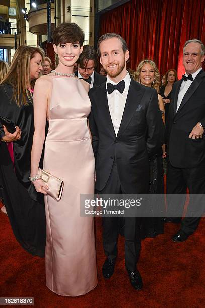 Actress Anne Hathaway and husband actor Adam Shulman arrive at the Oscars at Hollywood Highland Center on February 24 2013 in Hollywood California at...