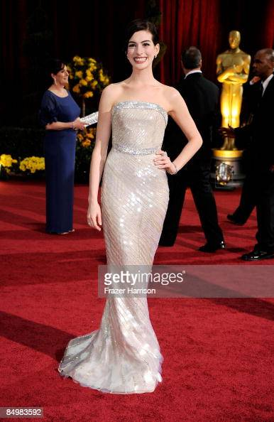 Actress Anne Hathaway arrives at the 81st Annual Academy Awards held at Kodak Theatre on February 22 2009 in Los Angeles California
