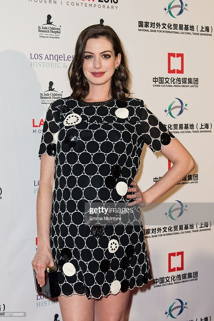 Actress Anne Hathaway arrives at the LA Art Show and Los Angeles Fine Art Show's 2016 Opening Night Premiere Party Benefiting St. Jude Children's Research Hospital at Los Angeles Convention Center on January 27, 2016 in Los Angeles, California.