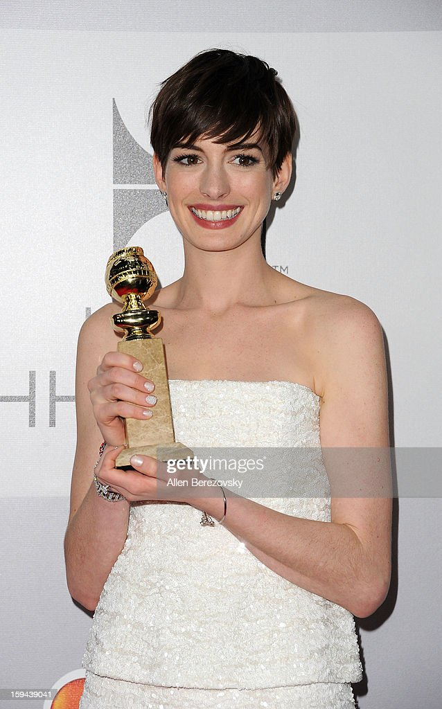 Actress <a gi-track='captionPersonalityLinkClicked' href=/galleries/search?phrase=Anne+Hathaway+-+Actriz&family=editorial&specificpeople=11647173 ng-click='$event.stopPropagation()'>Anne Hathaway</a> arrives at the NBC Universal's 70th annual Golden Globe Awards after party on January 13, 2013 in Beverly Hills, California.