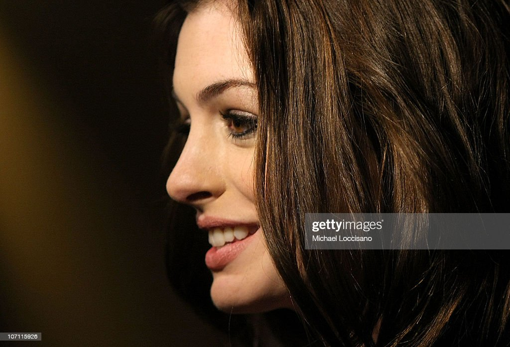 Actress <a gi-track='captionPersonalityLinkClicked' href=/galleries/search?phrase=Anne+Hathaway+-+Actrice&family=editorial&specificpeople=11647173 ng-click='$event.stopPropagation()'>Anne Hathaway</a> attends a screening of 'Rachel Getting Married' hosted by The Cinema Society and Lancome at the Landmark Sunshine Theatre on September 25, 2008 in New York City.