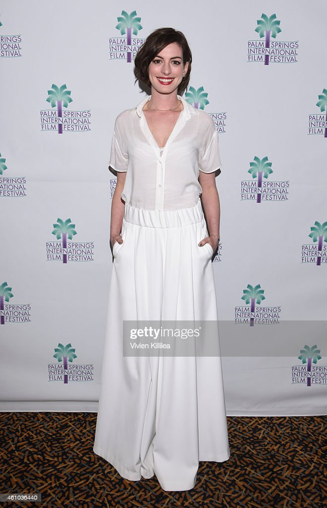 Actress <a gi-track='captionPersonalityLinkClicked' href=/galleries/search?phrase=Anne+Hathaway+-+Atriz&family=editorial&specificpeople=11647173 ng-click='$event.stopPropagation()'>Anne Hathaway</a> attends a screening of 'Song One' at the 26th Annual Palm Springs International Film Festival Film - Day 3 Film Screenings & Events on January 4, 2015 in Palm Springs, California.