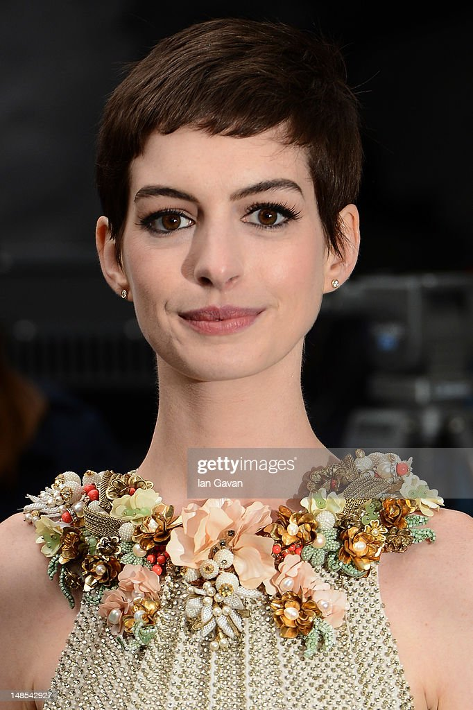 Actress <a gi-track='captionPersonalityLinkClicked' href=/galleries/search?phrase=Anne+Hathaway+-+Actress&family=editorial&specificpeople=11647173 ng-click='$event.stopPropagation()'>Anne Hathaway</a> attends European premiere of 'The Dark Knight Rises' at Odeon Leicester Square on July 18, 2012 in London, England.