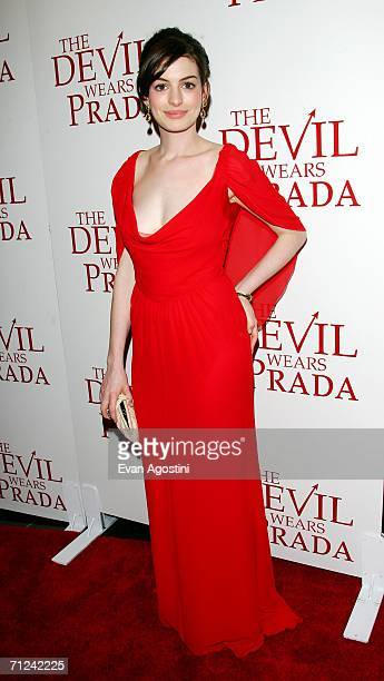 Actress Anne Hathaway attends the 20th Century Fox premiere of The Devil Wears Prada at the Loews Lincoln Center Theatre on June 19 2006 in New York...