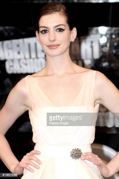 Actress Anne Hathaway attends the 'Get Smart' premiere at Warner Moderno Cinema on July 7 2008 in Rome Italy