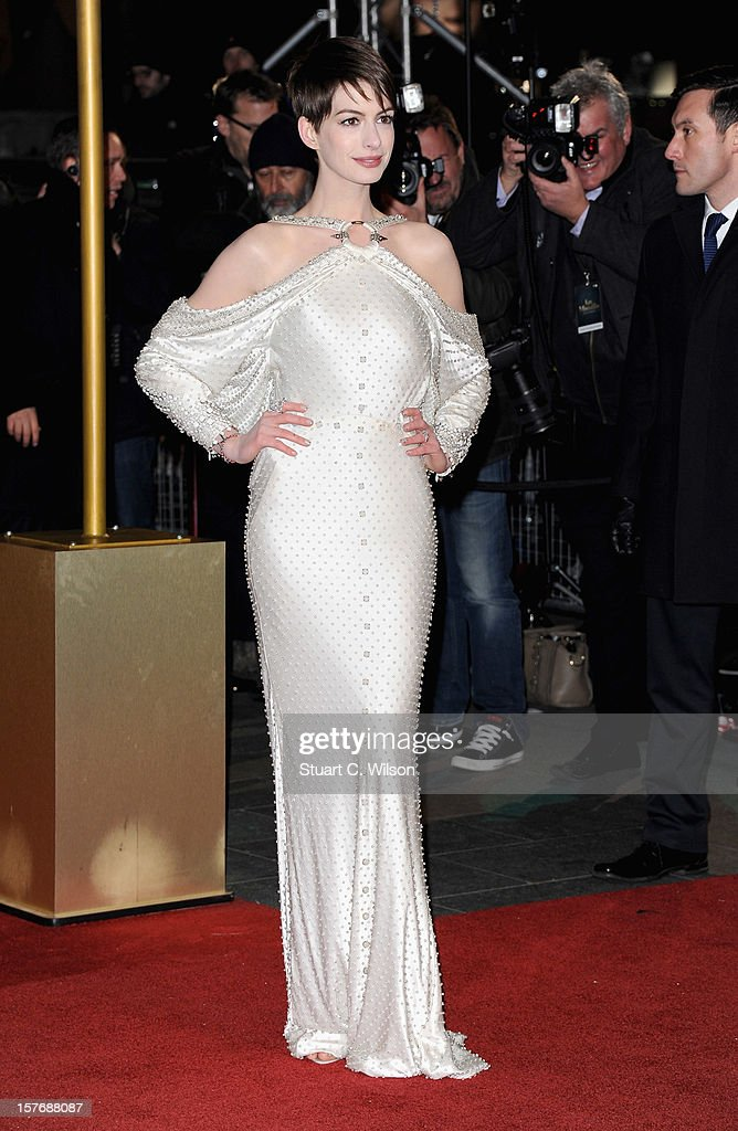 Actress Anne Hathaway attends the 'Les Miserables' World Premiere at the Odeon Leicester Square on December 5, 2012 in London, England.