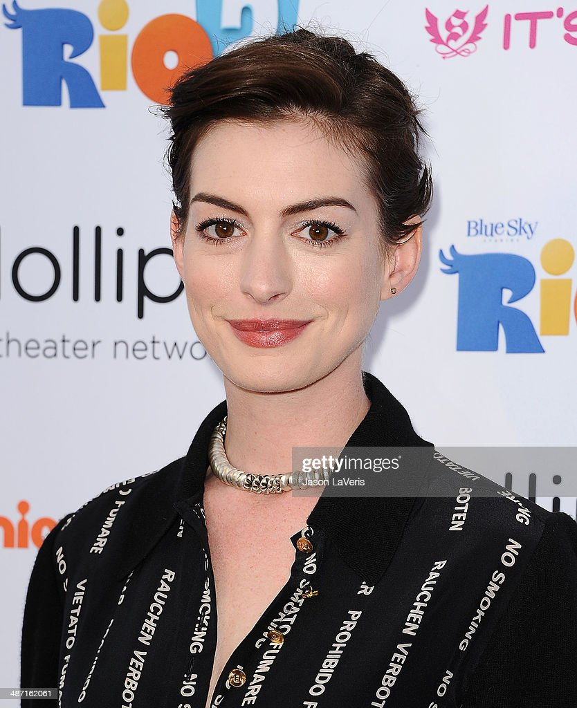 Actress Anne Hathaway attends the Lollipop Theater Network's A Night Under The Stars at Nickelodeon Animation Studio on April 26, 2014 in Burbank, California.