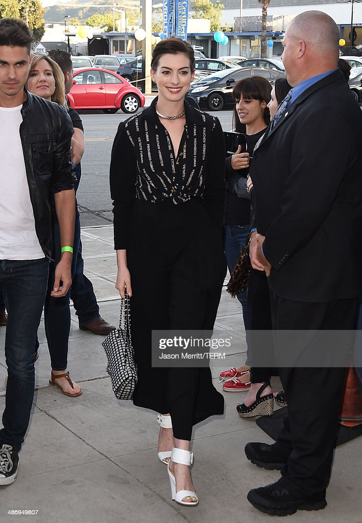 Actress <a gi-track='captionPersonalityLinkClicked' href=/galleries/search?phrase=Anne+Hathaway+-+Actress&family=editorial&specificpeople=11647173 ng-click='$event.stopPropagation()'>Anne Hathaway</a> attends the Lollipop Theater Network's Night Under The Stars Screening Of Twentieth Century Fox's 'Rio 2' Hosted by <a gi-track='captionPersonalityLinkClicked' href=/galleries/search?phrase=Anne+Hathaway+-+Actress&family=editorial&specificpeople=11647173 ng-click='$event.stopPropagation()'>Anne Hathaway</a> at Nickelodeon Animation Studio on April 26, 2014 in Burbank, California.