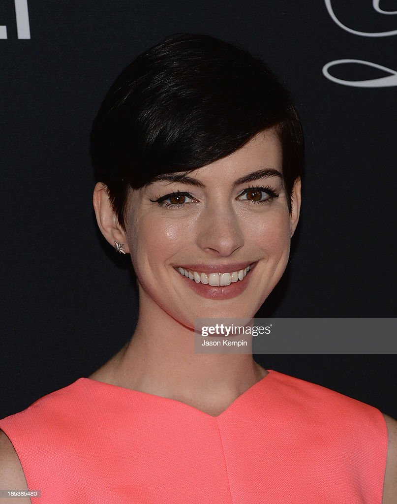Actress <a gi-track='captionPersonalityLinkClicked' href=/galleries/search?phrase=Anne+Hathaway+-+Actress&family=editorial&specificpeople=11647173 ng-click='$event.stopPropagation()'>Anne Hathaway</a> attends The Pink Party 2013 at Barker Hangar on October 19, 2013 in Santa Monica, California.
