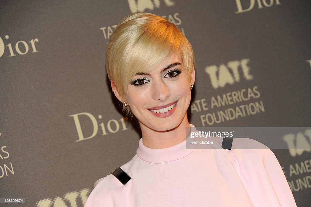 Actress <a gi-track='captionPersonalityLinkClicked' href=/galleries/search?phrase=Anne+Hathaway+-+Actress&family=editorial&specificpeople=11647173 ng-click='$event.stopPropagation()'>Anne Hathaway</a> attends the Tate Americas Foundation Artists Dinner at Skylight at Moynihan Station on May 8, 2013 in New York City.