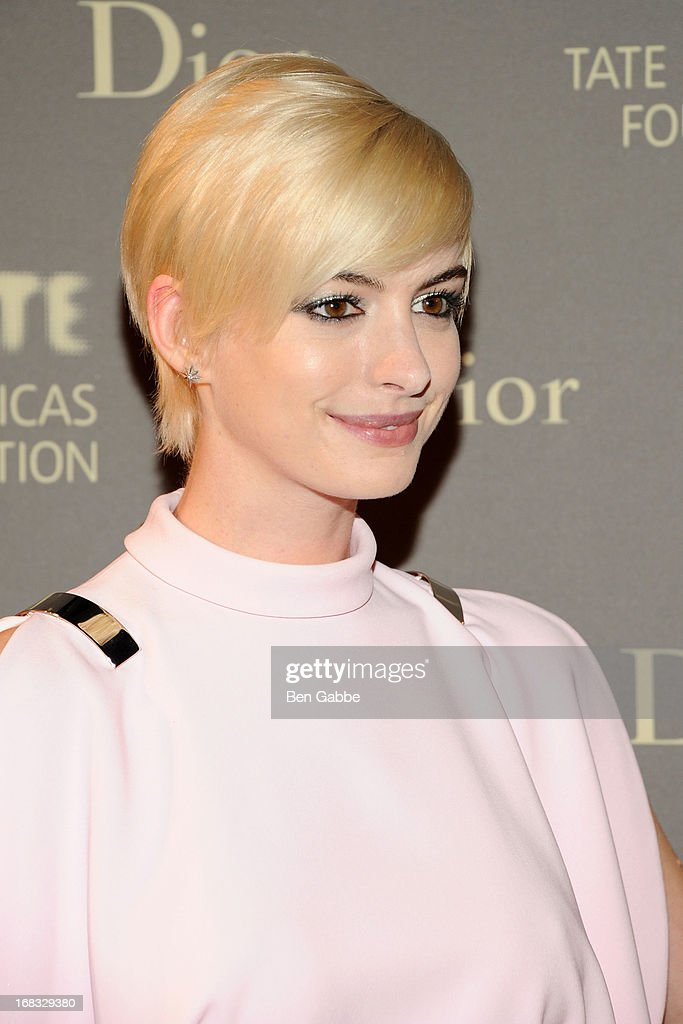 Actress Anne Hathaway attends the Tate Americas Foundation Artists Dinner at Skylight at Moynihan Station on May 8, 2013 in New York City.
