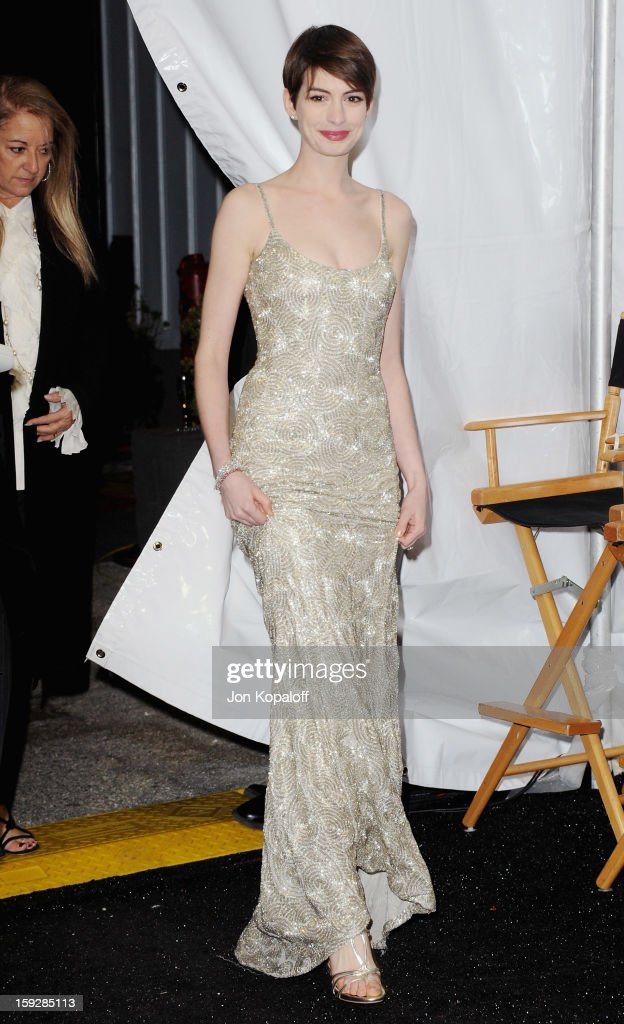 Actress <a gi-track='captionPersonalityLinkClicked' href=/galleries/search?phrase=Anne+Hathaway+-+Actress&family=editorial&specificpeople=11647173 ng-click='$event.stopPropagation()'>Anne Hathaway</a> poses in the press room at the 18th Annual Critics' Choice Movie Awards at Barker Hangar on January 10, 2013 in Santa Monica, California.