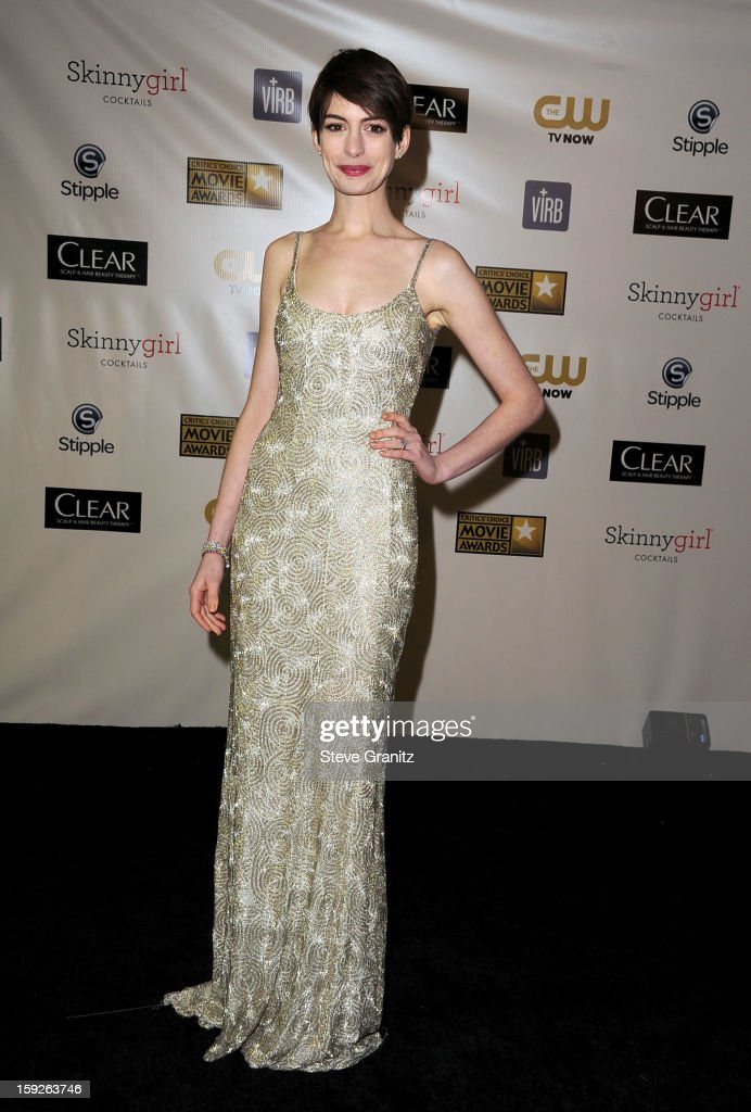 Actress <a gi-track='captionPersonalityLinkClicked' href=/galleries/search?phrase=Anne+Hathaway+-+Actress&family=editorial&specificpeople=11647173 ng-click='$event.stopPropagation()'>Anne Hathaway</a> poses in the press room during the 18th Annual Critics' Choice Movie Awards at The Barker Hanger on January 10, 2013 in Santa Monica, California.