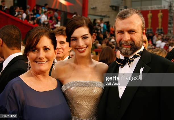 Actress Anne Hathaway with her parents Kate McCauley and Gerard Hathaway arrive at the 81st Annual Academy Awards held at The Kodak Theatre on...