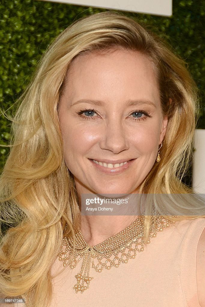 Actress <a gi-track='captionPersonalityLinkClicked' href=/galleries/search?phrase=Anne+Heche&family=editorial&specificpeople=202988 ng-click='$event.stopPropagation()'>Anne Heche</a> attends Step Up Women's Network 10th annual Inspiration Awards at The Beverly Hilton Hotel on May 31, 2013 in Beverly Hills, California.