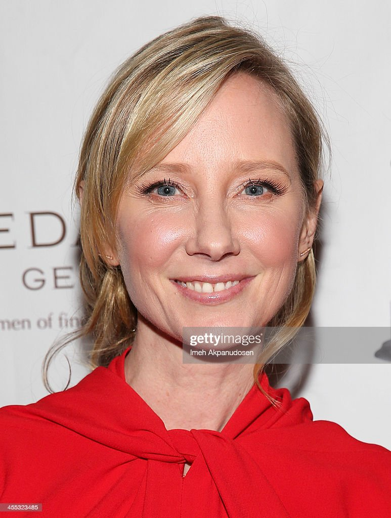 Actress <a gi-track='captionPersonalityLinkClicked' href=/galleries/search?phrase=Anne+Heche&family=editorial&specificpeople=202988 ng-click='$event.stopPropagation()'>Anne Heche</a> attends the 2013 Women's Image Awards at Santa Monica Bay Womans Club on December 11, 2013 in Santa Monica, California.