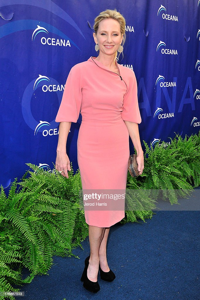 Actress <a gi-track='captionPersonalityLinkClicked' href=/galleries/search?phrase=Anne+Heche&family=editorial&specificpeople=202988 ng-click='$event.stopPropagation()'>Anne Heche</a> attends the 6th annual Oceana's SeaChange summer party on August 18, 2013 in Laguna Beach, California.
