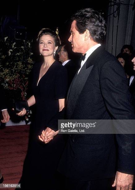 Actress Annette Bening and actor Warren Beatty attend the 64th Annual Academy Awards on March 30 1992 at Dorothy Chandler Pavilion Los Angeles Music...