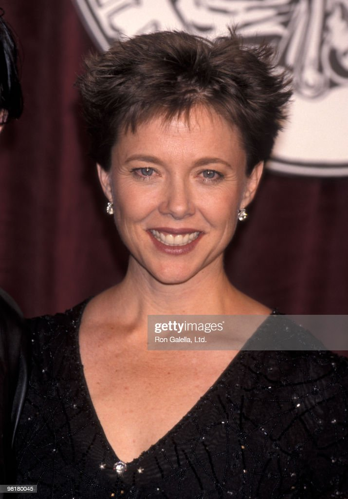 Actress Annette Bening attends the 52nd Annual Tony Awards on June 7, 1998 at Radio City Music Hall in New York City.