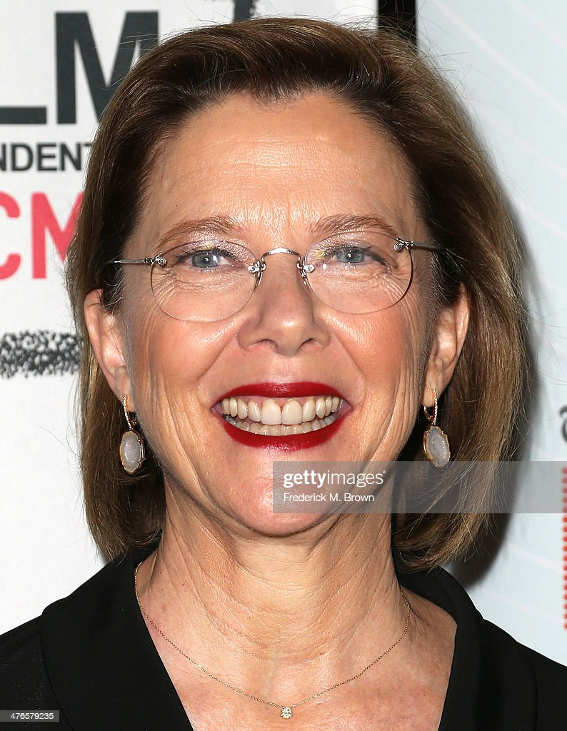 Actress <a gi-track='captionPersonalityLinkClicked' href=/galleries/search?phrase=Annette+Bening&family=editorial&specificpeople=202568 ng-click='$event.stopPropagation()'>Annette Bening</a> attends the Screening of IFC Films' 'The Face of Love' at LACMA on March 3, 2014 in Los Angeles, California.