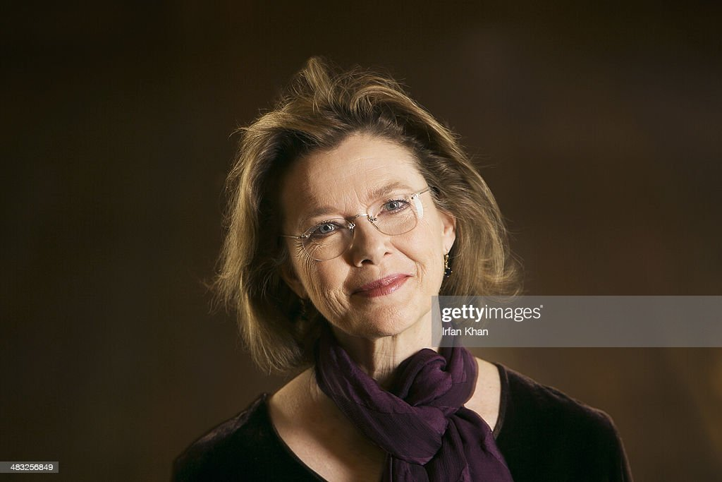 Actress <a gi-track='captionPersonalityLinkClicked' href=/galleries/search?phrase=Annette+Bening&family=editorial&specificpeople=202568 ng-click='$event.stopPropagation()'>Annette Bening</a> is photographed for Los Angeles Times on March 27, 2014 in Los Angeles, California. PUBLISHED IMAGE.