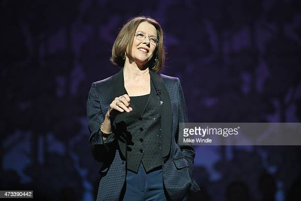 Actress Annette Bening speaks onstage during the SeriousFun Children's Network 2015 Los Angeles Gala An Evening Of SeriousFun celebrating the legacy...