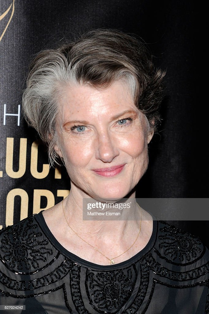 Actress <a gi-track='captionPersonalityLinkClicked' href=/galleries/search?phrase=Annette+O%27Toole&family=editorial&specificpeople=210618 ng-click='$event.stopPropagation()'>Annette O'Toole</a> arrives at the 31st Annual Lucille Lortel Awards at NYU Skirball Center on May 1, 2016 in New York City.