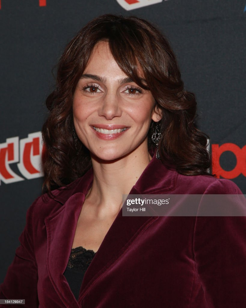 Actress Annie Parisse attends the 2012 New York Comic Con at the Javits Center on October 14, 2012 in New York City.