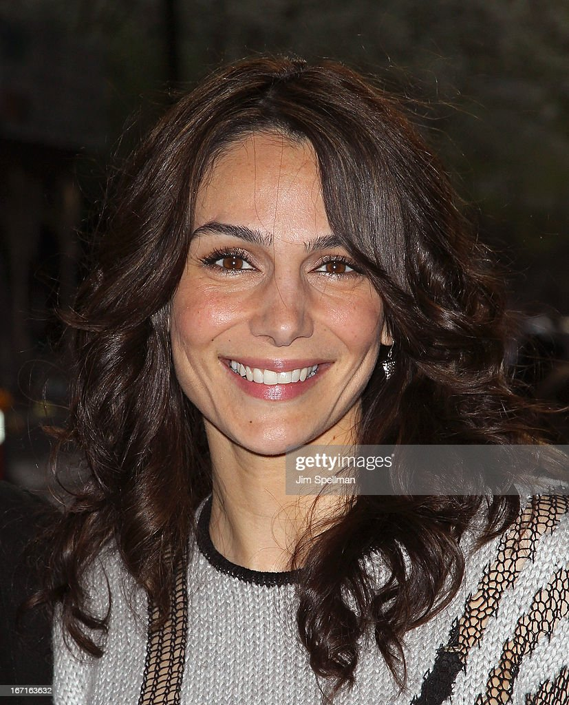 Actress Annie Parisse attends the Cinema Society with FIJI Water & Levi's screening of 'Mud' at The Museum of Modern Art on April 21, 2013 in New York City.