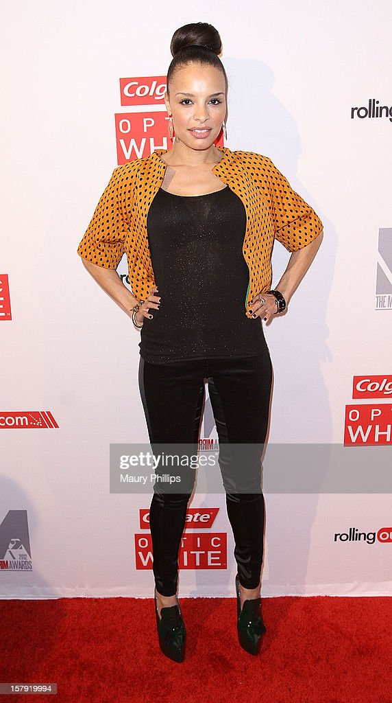 Actress Antonique Smith attends Rolling Out Mirror Mirror Awards at Rolling Stone Restaurant & Lounge on December 6, 2012 in Los Angeles, California.