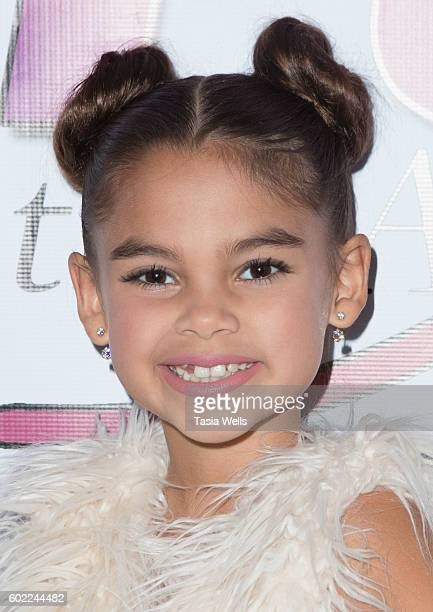 Actress Ariana Greenblatt attends Hype Events LA Hosts Celebrity Gifting Suite in celebration of the Emmy Awards at Sportsmenâ Lodge on September 10...