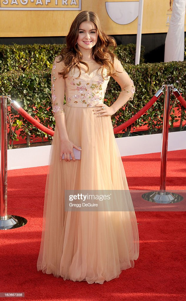 Actress Ariel Winter arrives at the 19th Annual Screen Actors Guild Awards at The Shrine Auditorium on January 27, 2013 in Los Angeles, California.