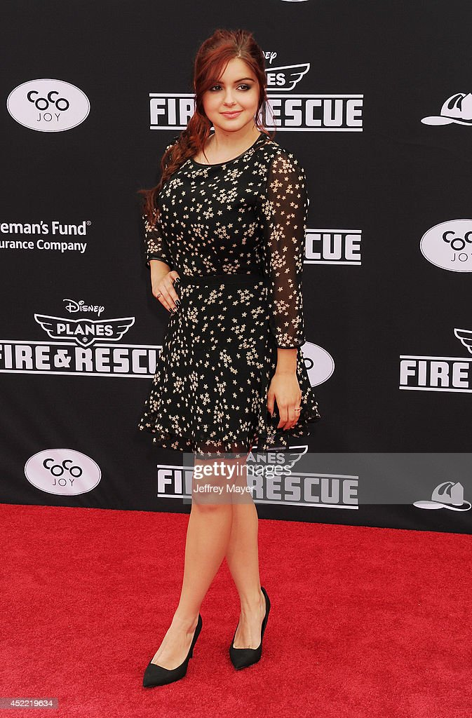 Actress Ariel Winter arrives at the Los Angeles premiere of Disney's 'Planes: Fire & Rescue' at the El Capitan Theatre on July 15, 2014 in Hollywood, California.