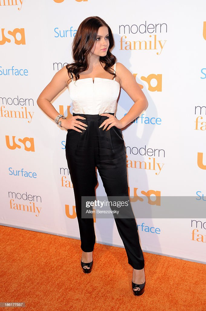 Actress Ariel Winter arrives at the 'Modern Family' Fan Appreciation Day hosted by USA Network at Westwood Village on October 28, 2013 in Los Angeles, California.