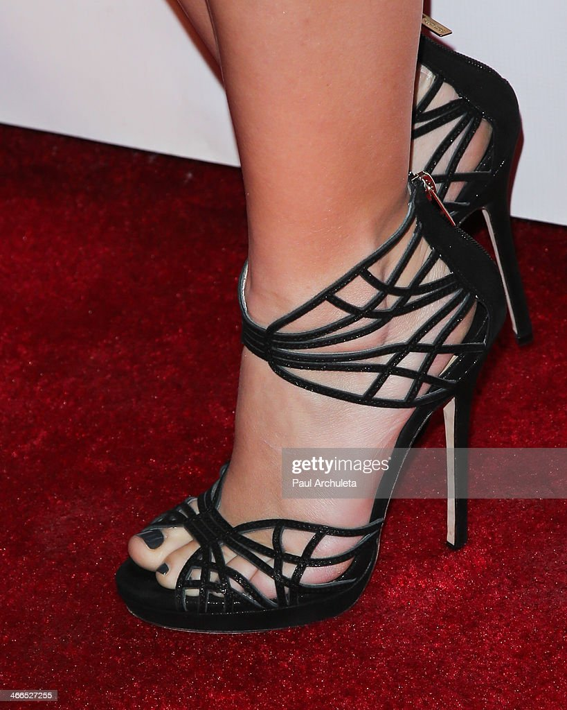 Actress <a gi-track='captionPersonalityLinkClicked' href=/galleries/search?phrase=Ariel+Winter&family=editorial&specificpeople=715954 ng-click='$event.stopPropagation()'>Ariel Winter</a> (Shoe Detail) attends the 41st annual Annie Awards at Royce Hall, UCLA on February 1, 2014 in Westwood, California.