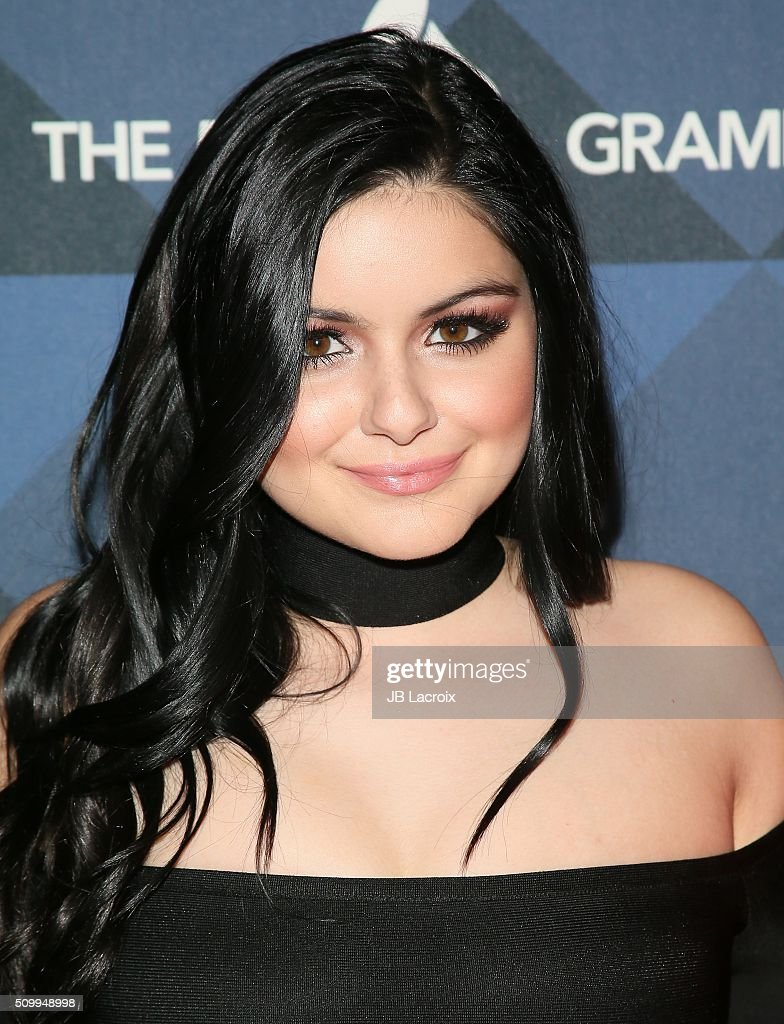 Actress <a gi-track='captionPersonalityLinkClicked' href=/galleries/search?phrase=Ariel+Winter&family=editorial&specificpeople=715954 ng-click='$event.stopPropagation()'>Ariel Winter</a> attends the Delta Air Lines celebrates 2016 GRAMMY Weekend with 'Sites and Sounds' private performance with Leon Bridges on February 12, 2016 in Hollywood, California.