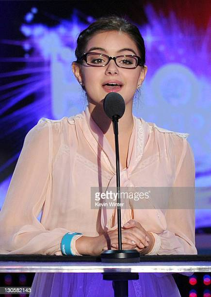 Actress Ariel Winter speaks onstage during Nickelodeon's 2011 TeenNick HALO Awards held at the Hollywood Palladium on October 26 2011 in Hollywood...