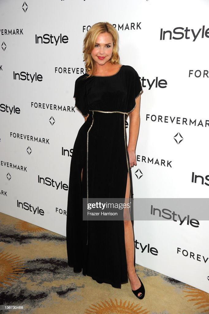 Actress Arielle Kebbel arrives at the Forevermark And InStyle's 'A Promise Of Beauty And Brilliance' Golden Globe Awards Event at Beverly Hills Hotel on January 10, 2012 in Beverly Hills, California.
