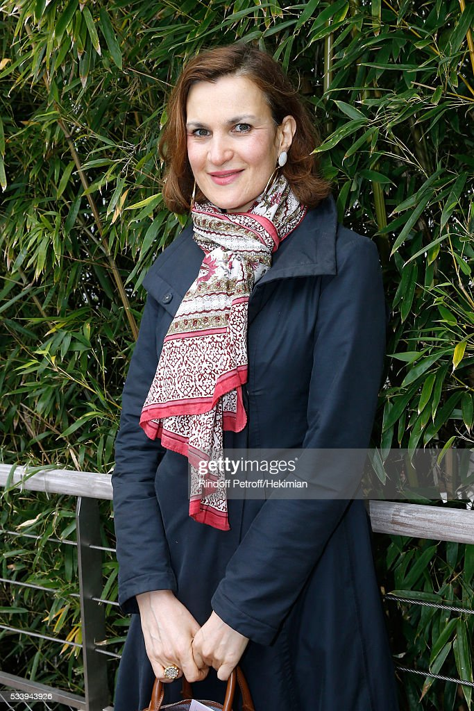Actress Armelle Lesniak attends the 2016 French Tennis Open - Day Three at Roland Garros on May 24, 2016 in Paris, France.