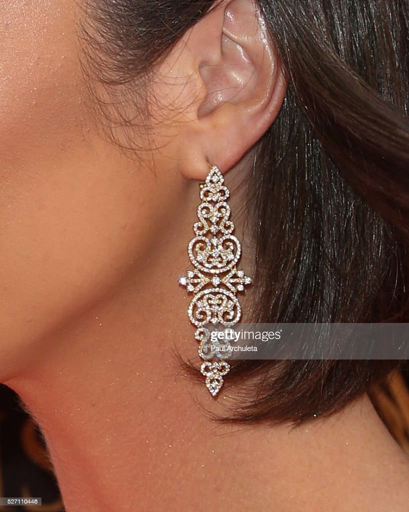 Actress Ashleigh Brewer ,Jewelry Detail, attends the 2016 Daytime Emmy Awards at The Westin Bonaventure Hotel on May 1, 2016 in Los Angeles, California.